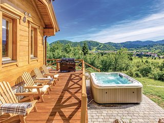 Nice home in Mrkopalj w/ Jacuzzi, Sauna and 3 Bedrooms (CKB291)