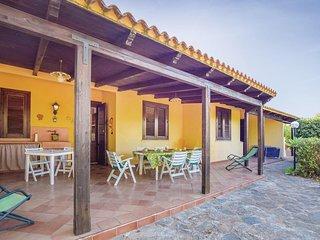 Amazing home in San Vito lo Capo w/ WiFi and 3 Bedrooms (IST046)