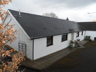 Thistle Cottage - Self Catering accommodation East Kilbride