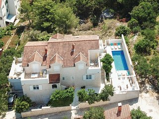 Beautiful home in Supetar w/ WiFi and 3 Bedrooms