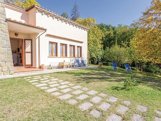 Beautiful home in Stia -AR- w/ 2 Bedrooms (ITA786)