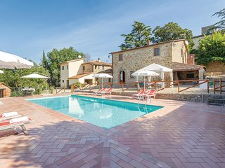 Stunning home in Castiglion Fiorentino w/ WiFi and 4 Bedrooms
