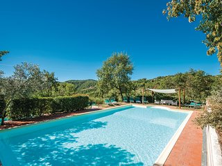 Awesome home in Gaiole in Chianti SI w/ 2 Bedrooms
