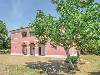 Beautiful home in Marciano d. Chiana AR w/ WiFi and 4 Bedrooms