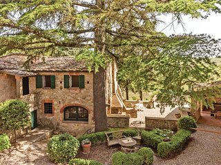 Amazing home in Gaiole in Chianti SI w/ WiFi and 2 Bedrooms