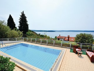 Amazing home in Portoroz w/ Sauna, WiFi and 2 Bedrooms
