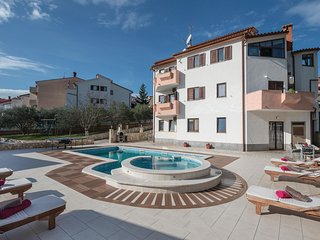 Nice home in Pula w/ WiFi and 10 Bedrooms