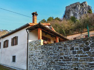 Beautiful home in Crni Kal w/ WiFi and 1 Bedrooms