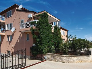 Awesome home in Galizana w/ WiFi and 1 Bedrooms