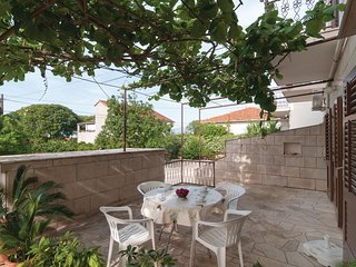 Amazing home in Supetar w/ WiFi and 2 Bedrooms