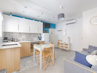 SUPERB 1 BEDROOM FLAT IN THE HEART OF NICE ! A/C