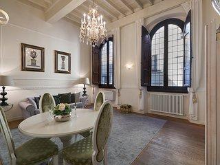 Luxury apartment Rucellai