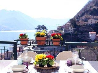 Villa panoramica Argegno con piscina, Lago di Como