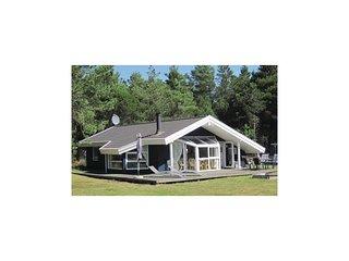 Nice home in Ålbæk w/ Sauna and 3 Bedrooms (A16386)