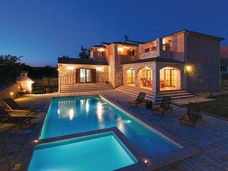 Mooi vakantiehuis met zeezicht (CIL654)
