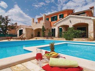 Elegante villa aan de Zuidoostkust van Istrie