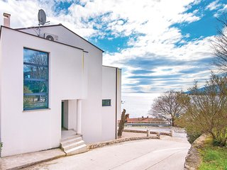 Amazing home in Rabac w/ WiFi and 2 Bedrooms (CIO012)