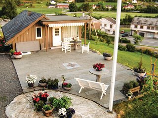 Amazing home in Uskedalen w/ WiFi and 2 Bedrooms