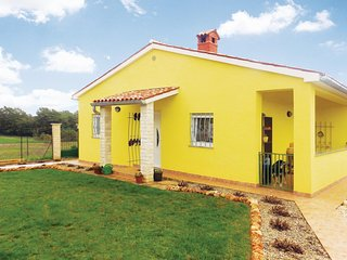 Amazing home in Marcana w/ WiFi and 2 Bedrooms