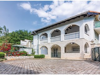 Stunning home in Pavicini w/ WiFi and 3 Bedrooms