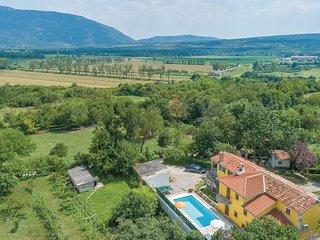Amazing home in Krsan w/ WiFi and 3 Bedrooms