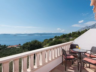 Stunning home in Orebic w/ WiFi and 1 Bedrooms