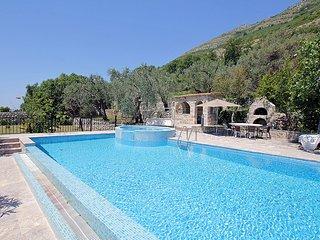 Villa Medo (V5871-K1)