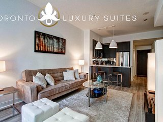 Elegance - Fully Furnished Luxury Executive Condo Yorkville