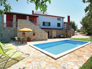 Stunning home in Rovinj w/ WiFi and 5 Bedrooms
