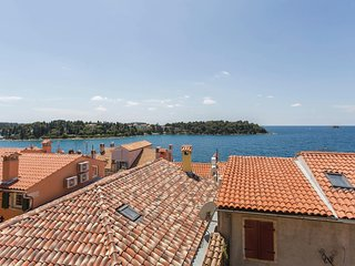Awesome home in Rovinj w/ 4 Bedrooms
