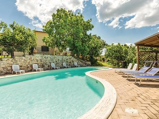 Stunning home in Giano dell'Umbria PG w/ 2 Bedrooms