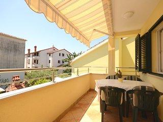 Apartments and Room Mirjana (75111-A2)