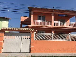 Casa Inteira em São Pedro da Aldeia: Ar condicionado, Wi-fi, churrasqueira.