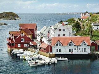 Amazing home in Tjeldstø w/ WiFi and 2 Bedrooms