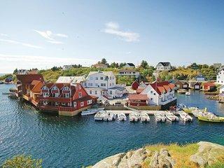 Stunning home in Tjeldstø w/ WiFi and 2 Bedrooms (N20622)