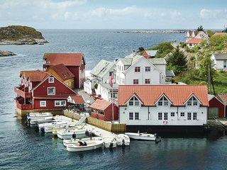 Amazing home in Tjeldstø w/ WiFi and 2 Bedrooms (N20612)