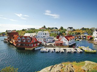 Awesome home in Tjeldstø w/ WiFi and 2 Bedrooms (N20620)