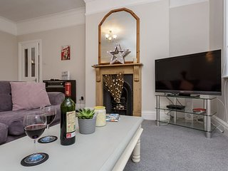 Stylish flat in Central Southsea near shops, restaurants and seafront