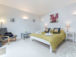 City Centre Apartment Winchester