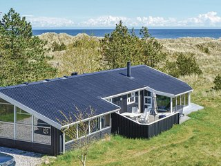 Amazing home in Ålbæk w/ Sauna, WiFi and 3 Bedrooms