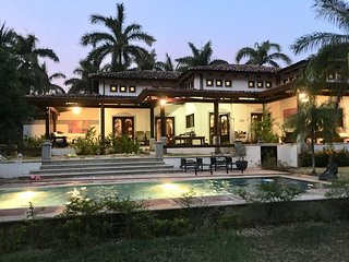 Private access beach - Poolside - Family friendly