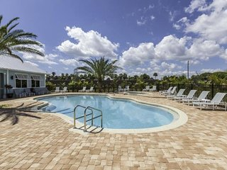 GREAT 3BR/3BA TOWNHOUSE, PRIVATE MARINA, POOL