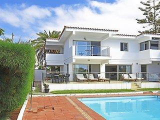 Tarantos Beach Villa