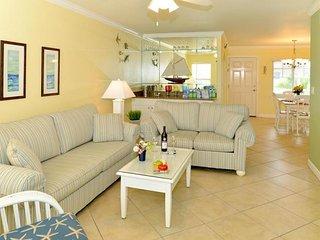BEACH VACAY STARTS HERE! AMAZING 2BR/1BA! STEPS TO THE BEACH, POOL, BBQ