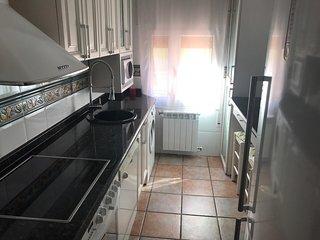 Cocina completa , lavadora, lavavajillas, horno ,vitro ,microondas y nevera de 90