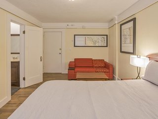 Kingsize Bedroom 5