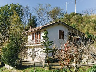 Awesome home in Morigerati -SA- w/ 2 Bedrooms