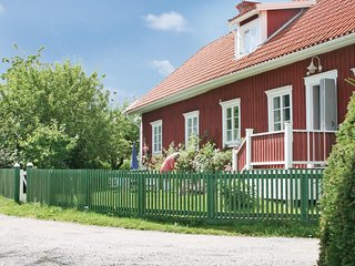 Beautiful home in Eskilstuna w/ WiFi and 2 Bedrooms
