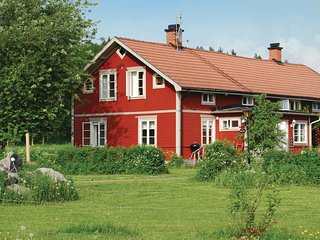 Awesome home in Malmköping w/ Sauna, WiFi and 5 Bedrooms (S43201)