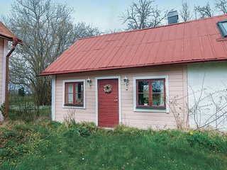 Beautiful home in Romakloster w/ Sauna, WiFi and 1 Bedrooms